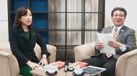 濱口和久氏(写真右)