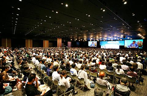 大川隆法党総裁・釈量子党首〈幸福実現党立党10周年・令和元年記念対談〉「君たちの民主主義は間違っていないか。」を開催