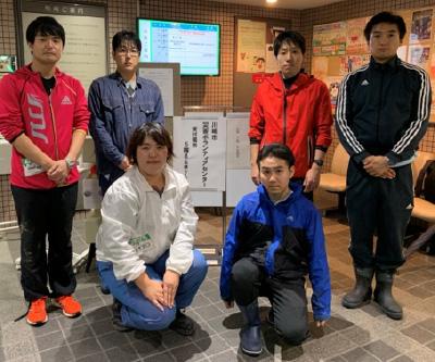 いき愛子神奈川県統括支部代表(前列左)