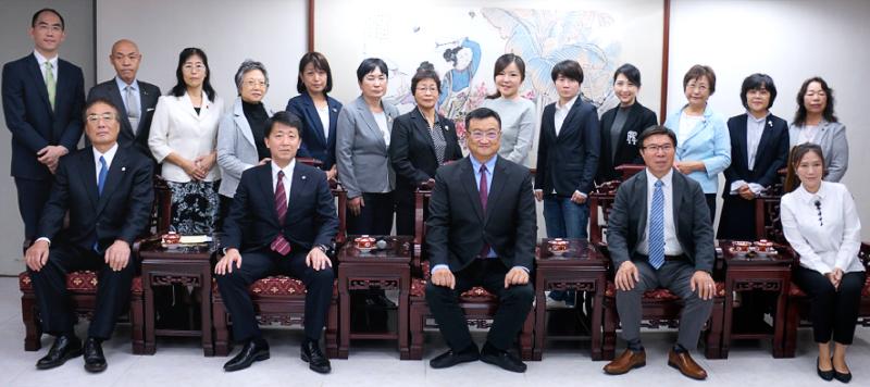 台北市議会にて 台北市議有志と幸福実現党地方議員団